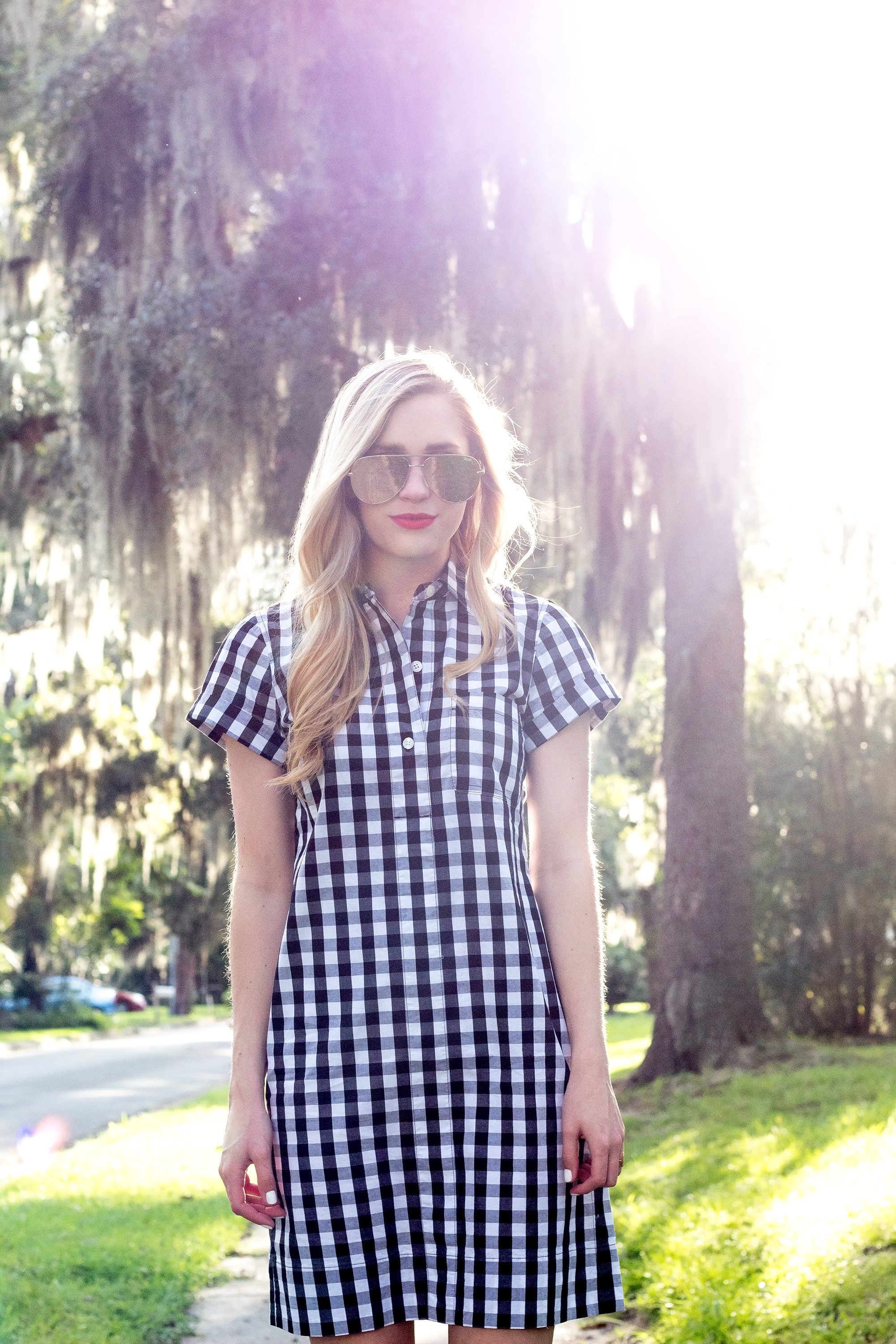jcrew-j.crew-boxed-water-gingham-black-and-white-checkered-shirtdress-shirt-dress-ootd-styelled-elle-elisabeth-fashion-style-blogger-wiw-adidas-superstar-quay-australia-desi-perkins-05