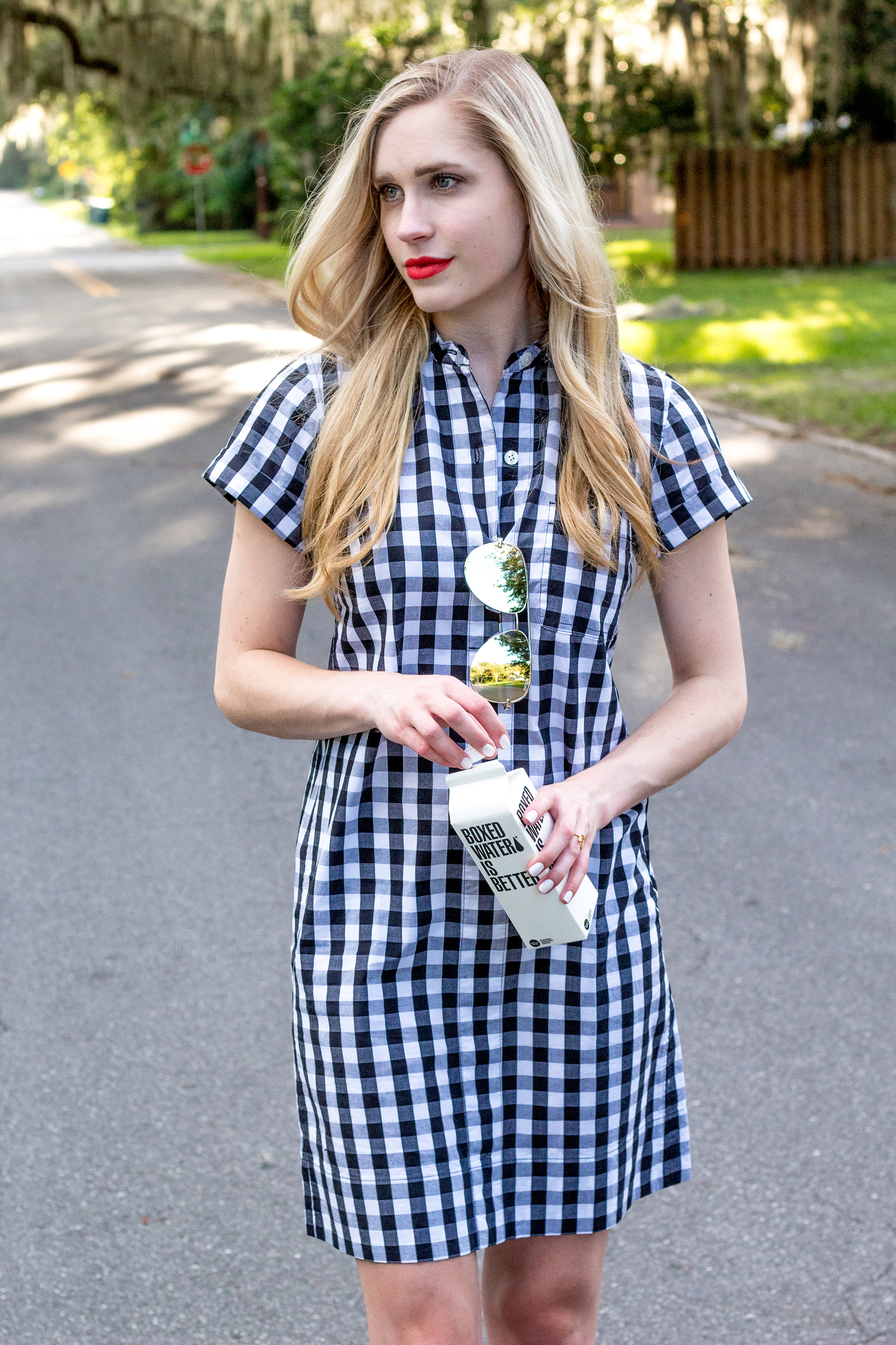 jcrew-j.crew-boxed-water-gingham-black-and-white-checkered-shirtdress-shirt-dress-ootd-styelled-elle-elisabeth-fashion-style-blogger-wiw-adidas-superstar-quay-australia-desi-perkins-06