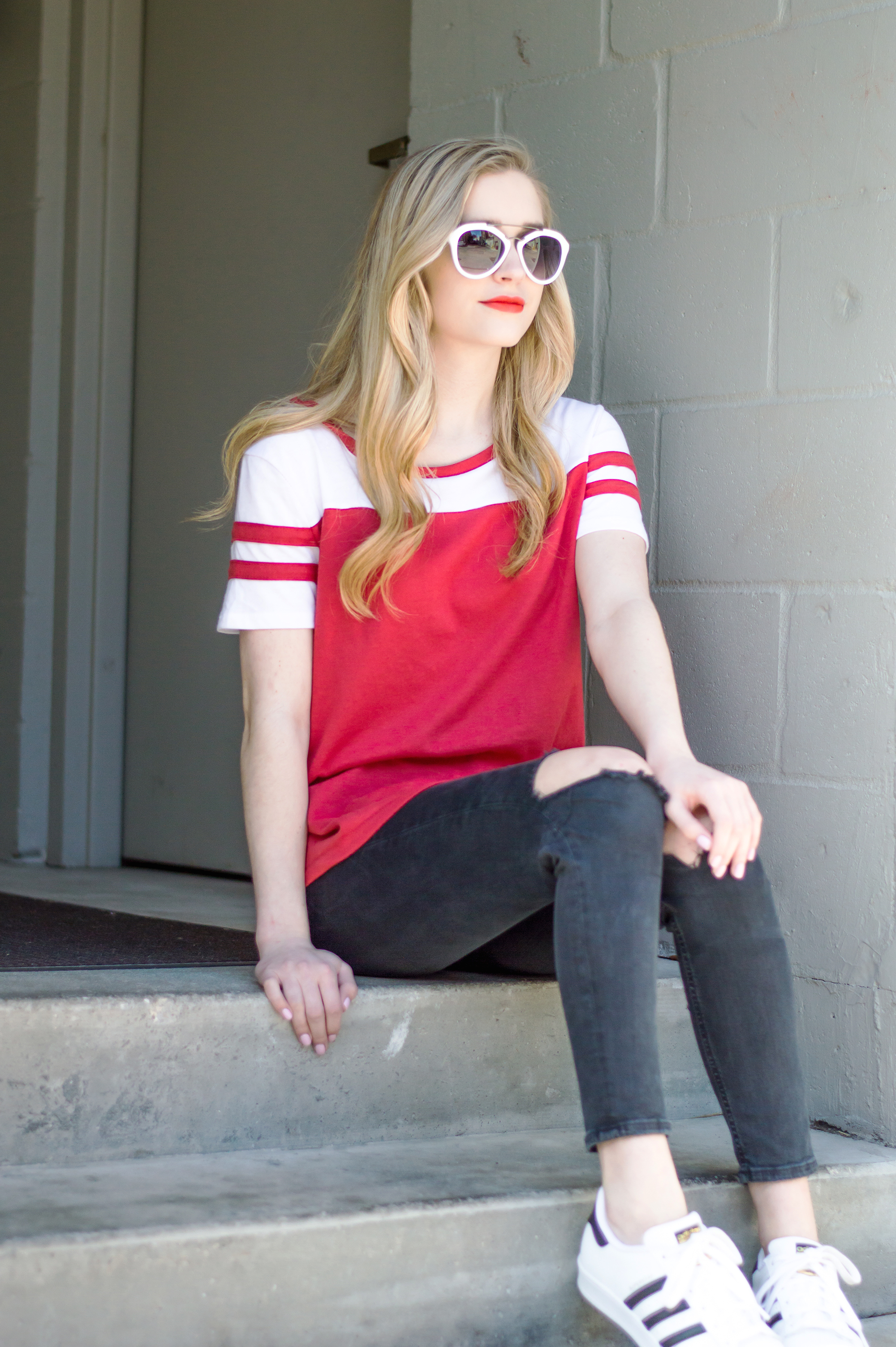 styelled-blog-elle-elisabeth-brick-city-closet-fashion-style-blogger-topshop-adidas-superstar-baseball-tee-valentines-ootd-casual-01