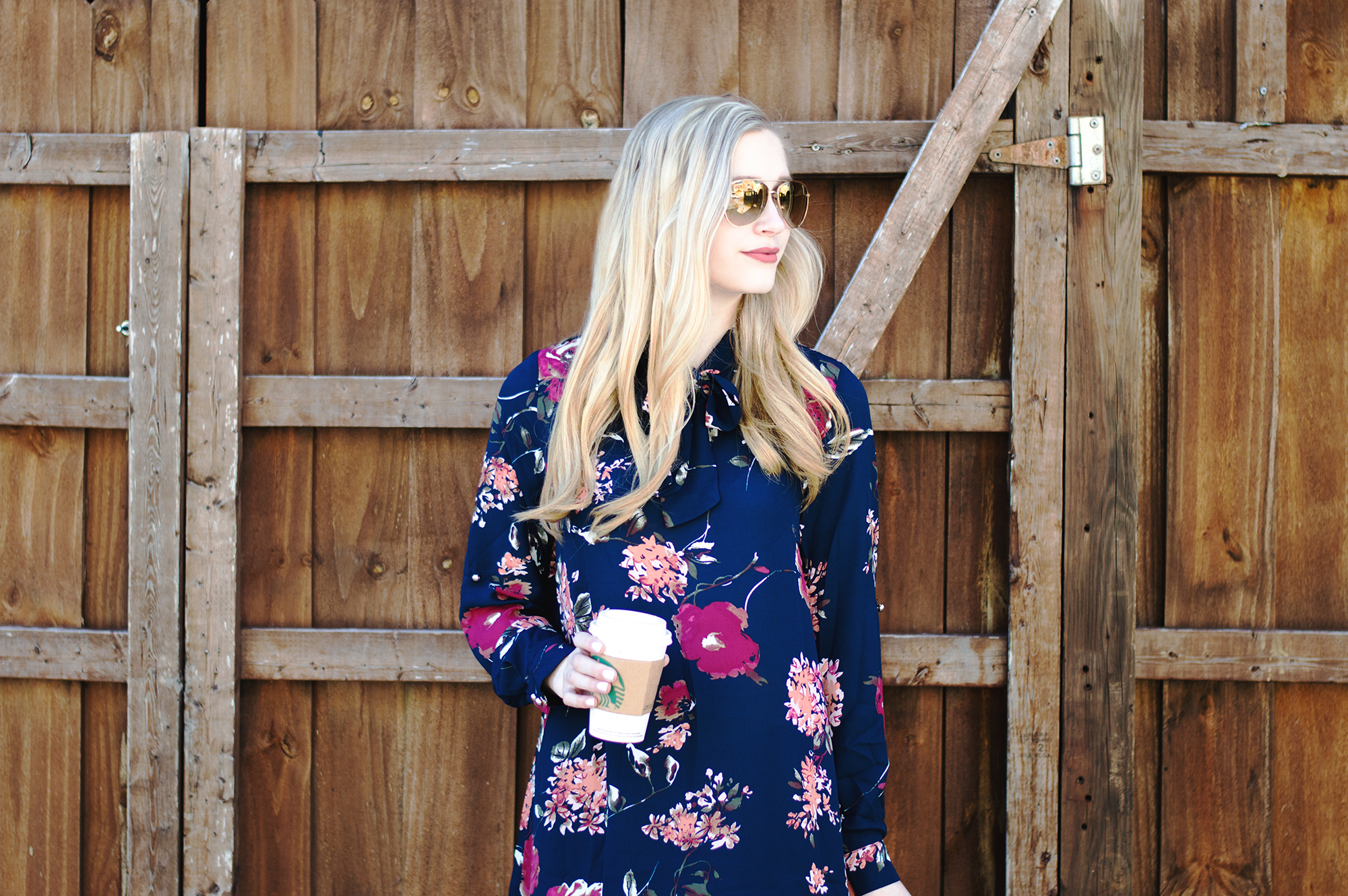 styelled-blog-elle-elisabeth-brick-city-closet-floral-tunic-bow-burberry-sunglasses-hudson-jeans-tory-burch-starbucks-ltkit-fblogger-style-fashion-blogger-valentine's-date-06