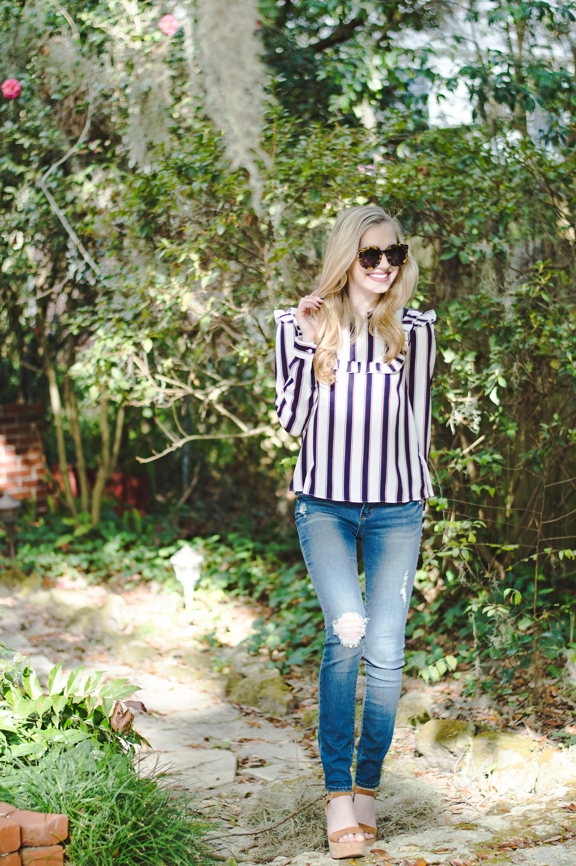 styelled-blog-elle-elisabeth-fashion-style-blogger-fblogger-like-to-know-it-articles-of-society-english-factory-karen-walker-dolce-vita-shop-smac-stripes-08
