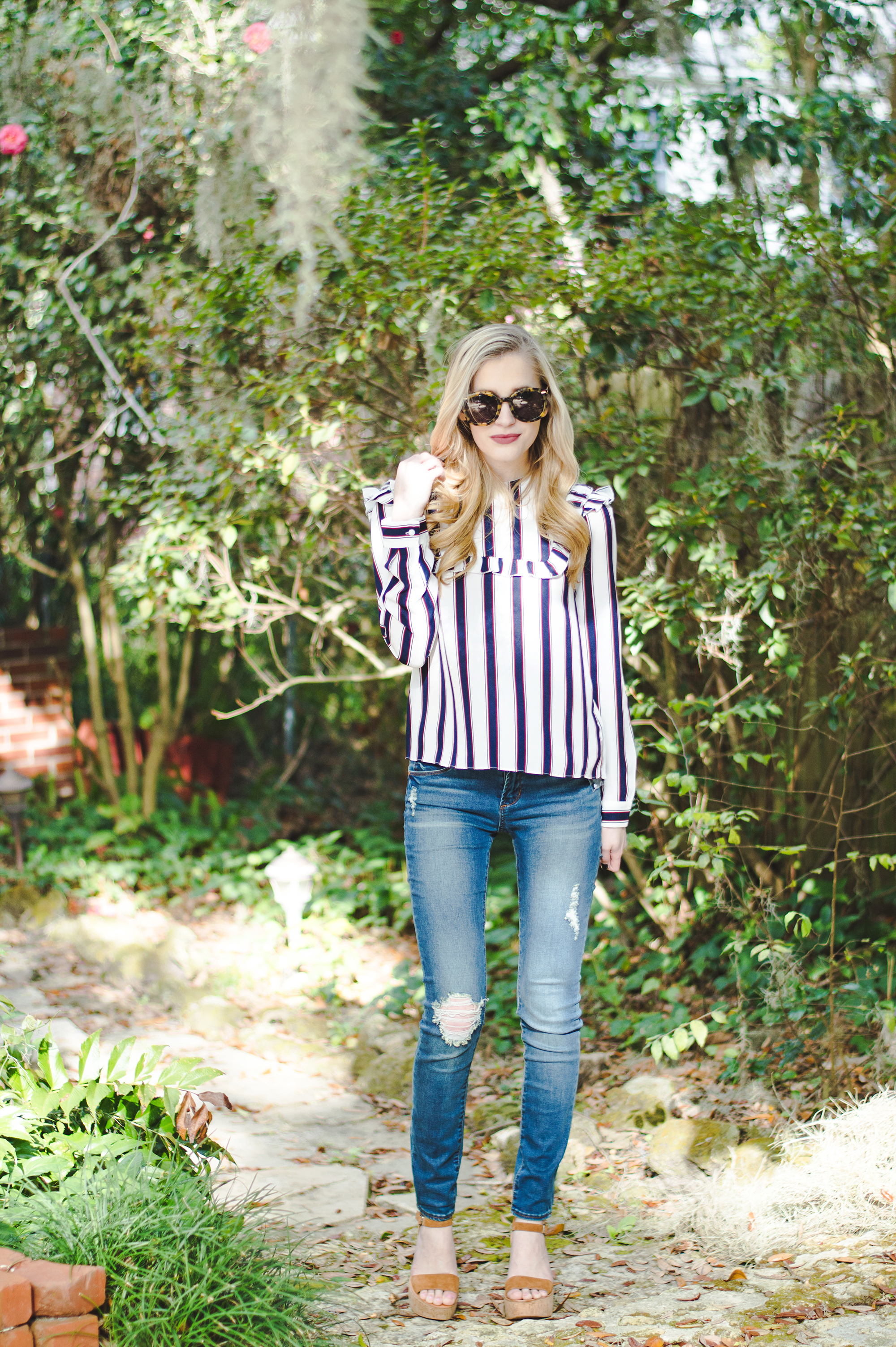 styelled-blog-elle-elisabeth-fashion-style-blogger-fblogger-like-to-know-it-articles-of-society-english-factory-karen-walker-dolce-vita-shop-smac-stripes-09