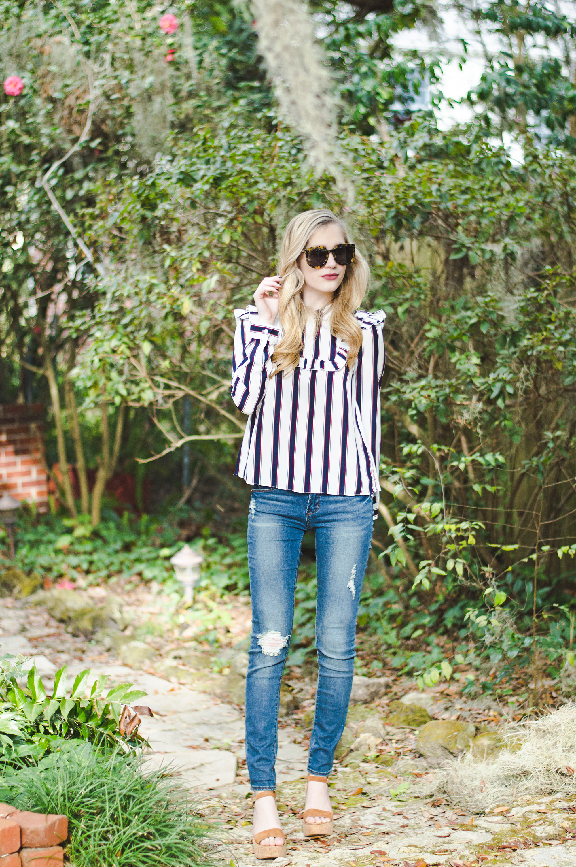 styelled-blog-elle-elisabeth-fashion-style-blogger-fblogger-like-to-know-it-articles-of-society-english-factory-karen-walker-dolce-vita-shop-smac-stripes-10