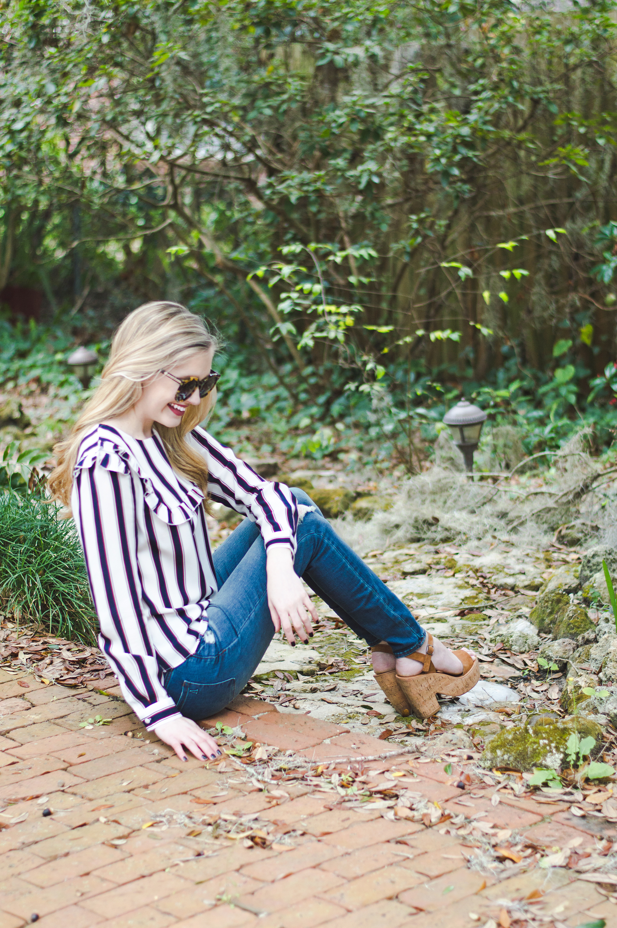 styelled-blog-elle-elisabeth-fashion-style-blogger-fblogger-like-to-know-it-articles-of-society-english-factory-karen-walker-dolce-vita-shop-smac-stripes-13