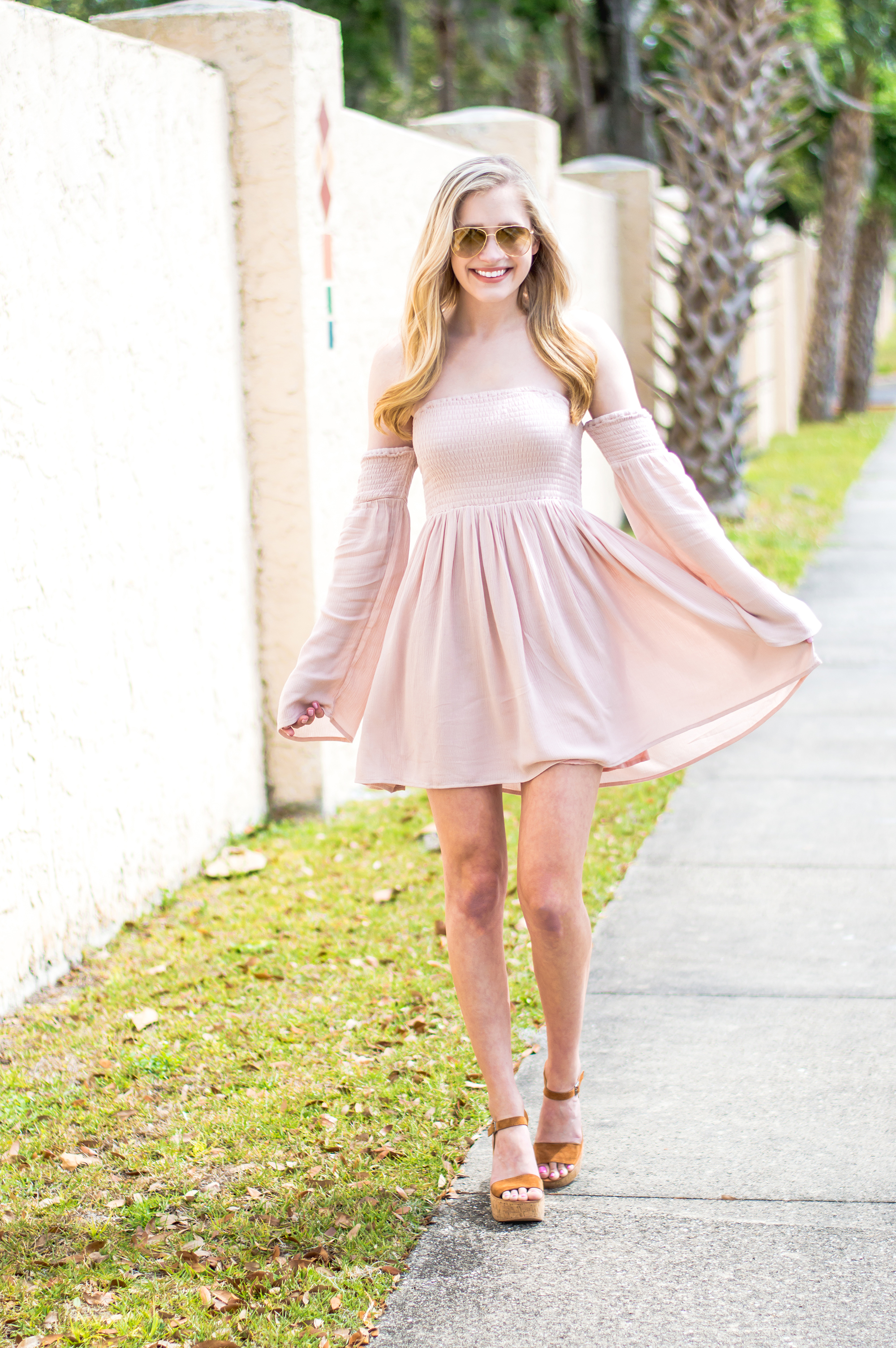 styelled-blog-elle-elisabeth-fashion-style-blogger-florida-tobi-clothing-sundress-blush-dress-burberry-sunglasses-aviator-dolce-vita-03