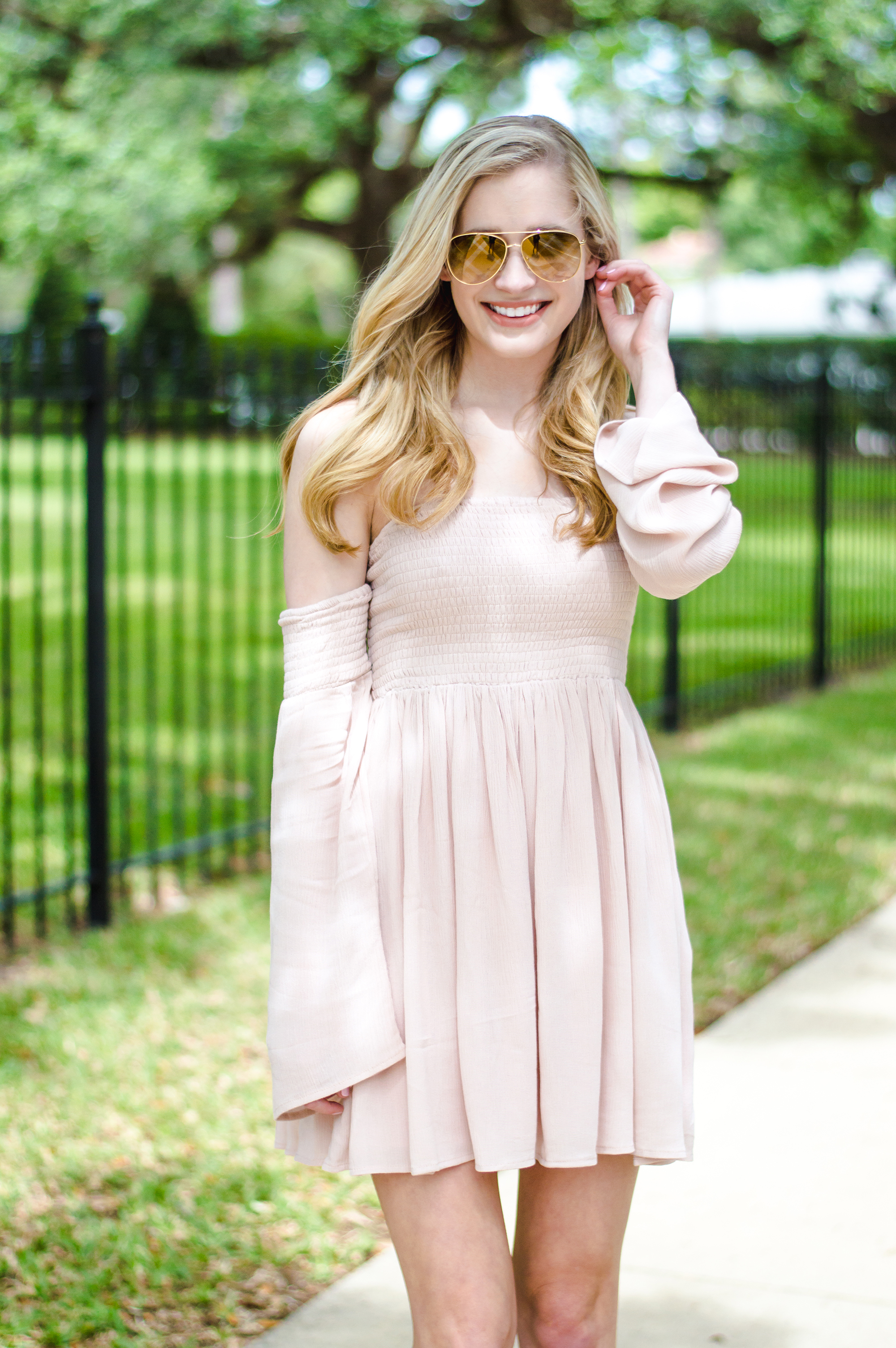 styelled-blog-elle-elisabeth-fashion-style-blogger-florida-tobi-clothing-sundress-blush-dress-burberry-sunglasses-aviator-dolce-vita-12