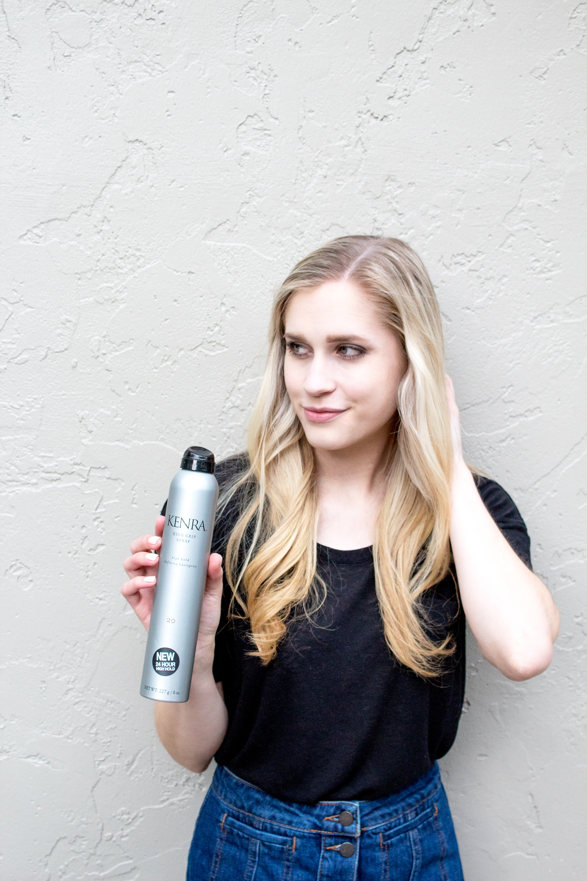 styelled-blog-fashion-lifestyle-beauty-style-blogger-elle-elisabeth-kenra-hair-products-hairspray-blonde-haircare-curl-03
