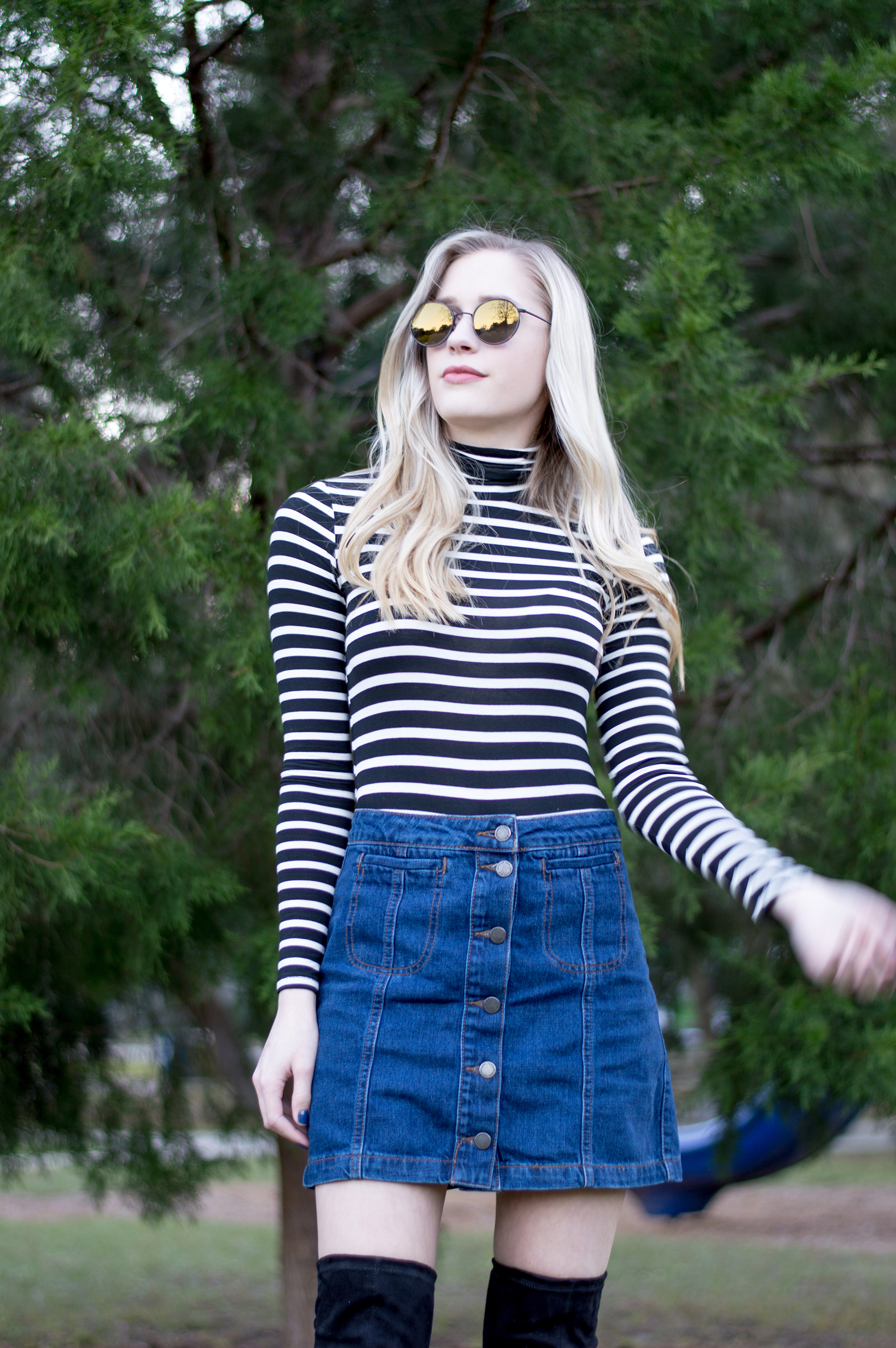 styelled_blog_fashion_lifestyle_beauty_style_blogger_topshop_forever_21_denim_skirt_striped_turtleneck_diff_eyewear_winter_style_fall_sweater_weather_over_the_knee_boots_08