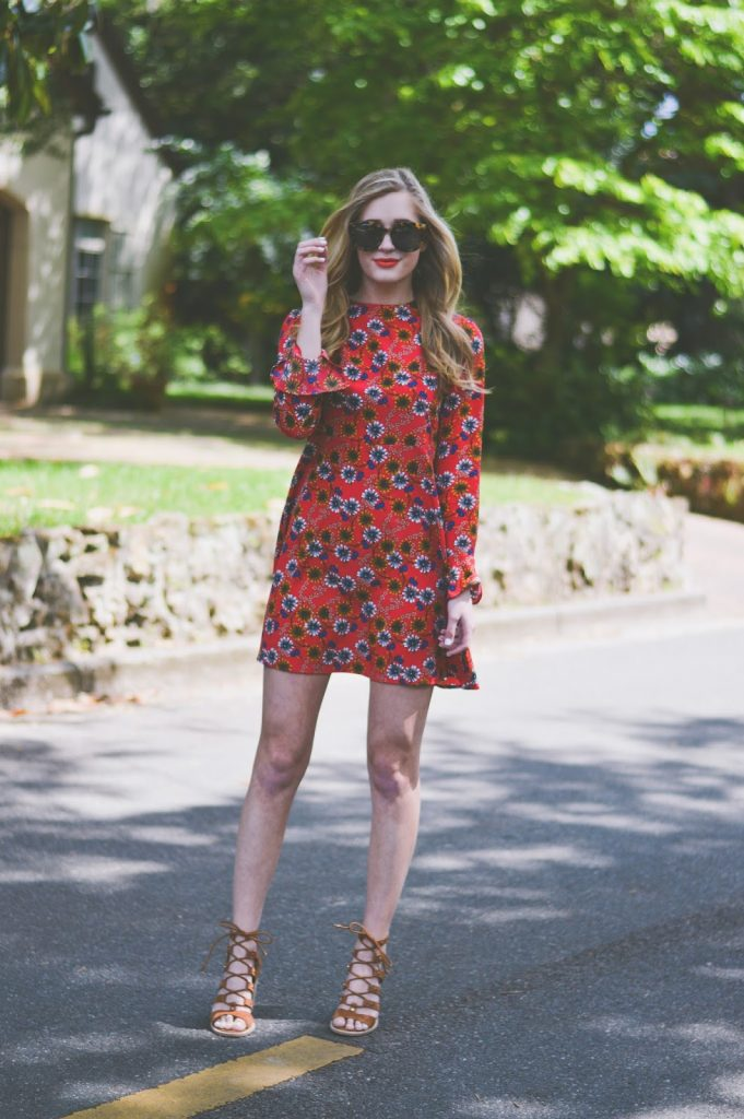 70s Floral Dresses I'm Loving